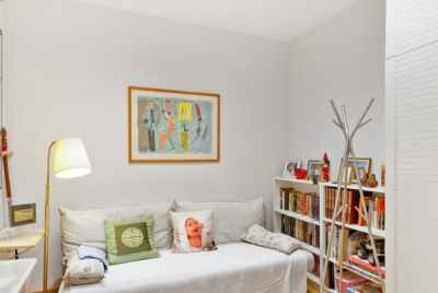 Spacious apartment in Tres Torres district of Barcelona